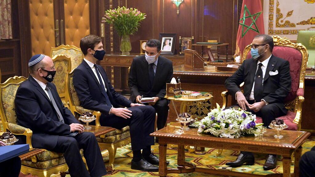 """בן שבת וקושנר בפגישה עם מלך מרוקו, מוחמד השישי(צילום: עמוס בן גרשום, לע""""מ)"""